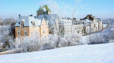 avenue-saint-denis-hiver-quebec-2